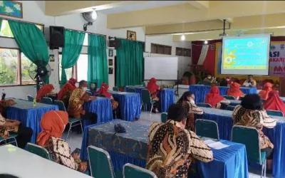 SMP Negeri 8 Surakarta Gelar Sosialisasi Sekolah Ramah Anak